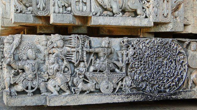 Hoysaleswara Temple 12th century depiction Mahabharata