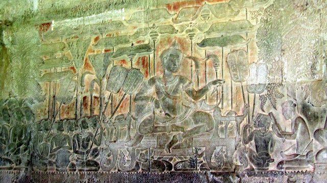 Carvings of the Battle of Kurukshetra at Angkor Wat