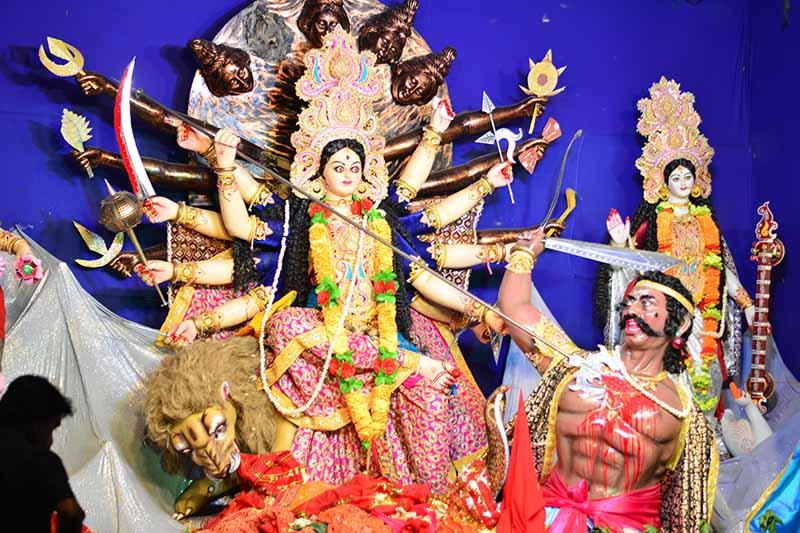 Durga Puja Mahisasur Killinng