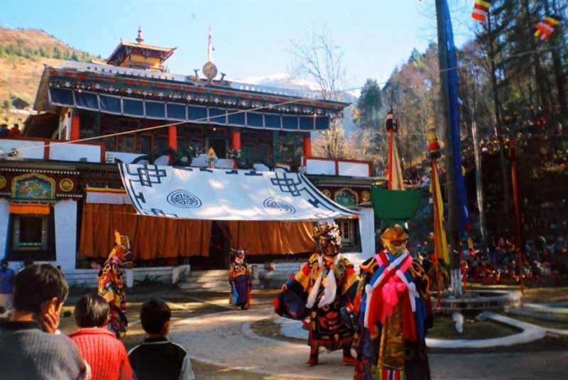 Gumpa dance during Losar