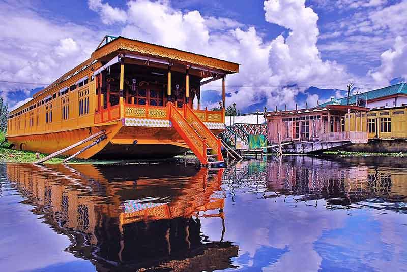 Houseboat-Dal Lake Srinagar Kashmir