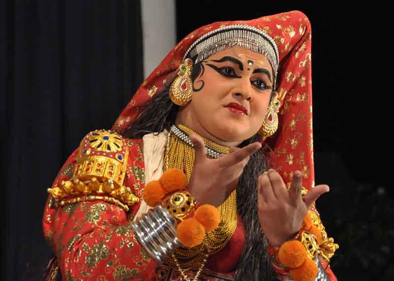 Kathakali-Kerala- Culture and dance India
