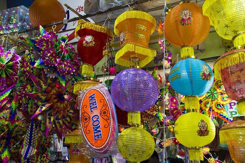 shops selling goods for diwali
