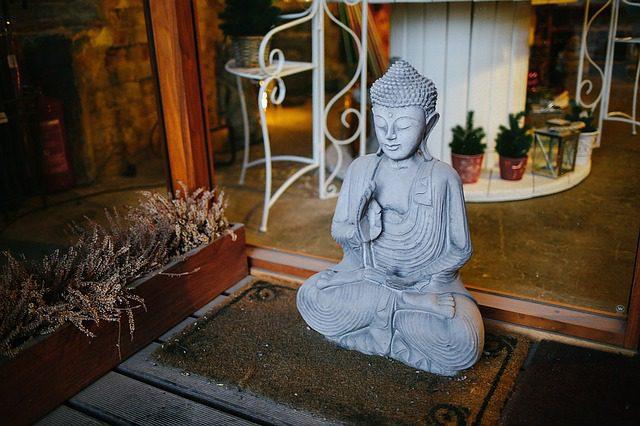 Conversion to Buddhism
