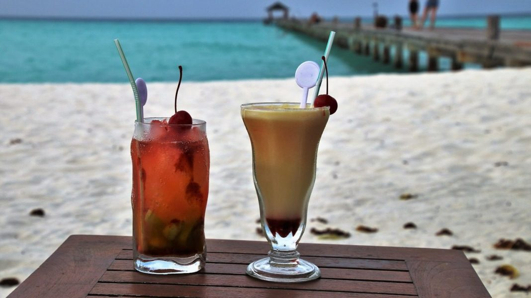 15 Amazing Drinks that You Can have in India with True Indian Flavor