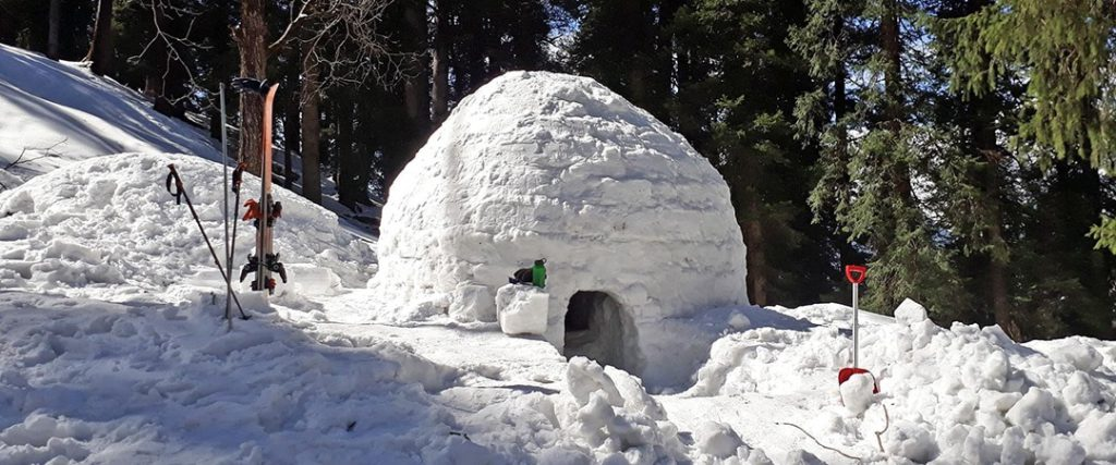 Maintaining Igloo in Manali