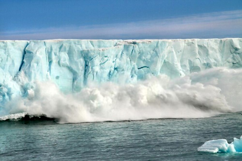 Antarctica temperature rising and ice covers melting