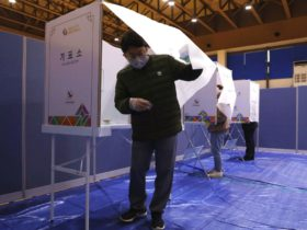South Korea Holds Elections in The Middle of The Outbreak